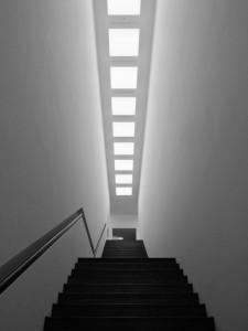 Treppenflucht von unten ...